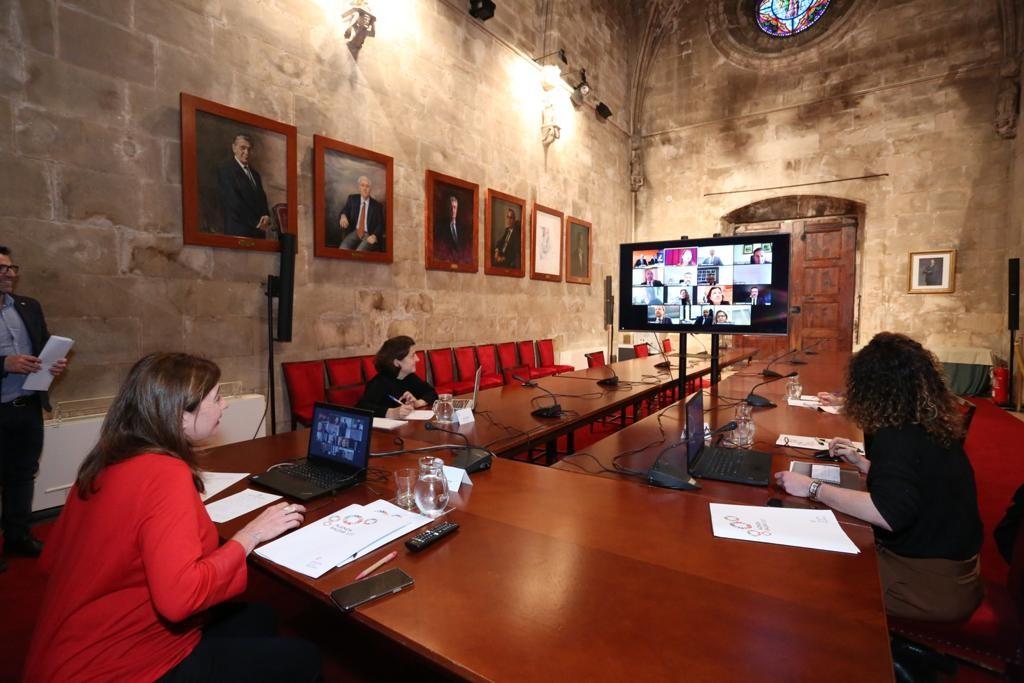 Reunión por videoconferencia de la Presidenta Francina Armengol con las entidades financieras