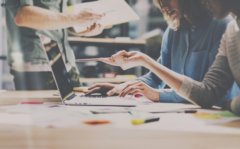 Colonya colabora con la formación de docentes y coordinadores de aulas de emprendimiento en economía social y finanzas éticas