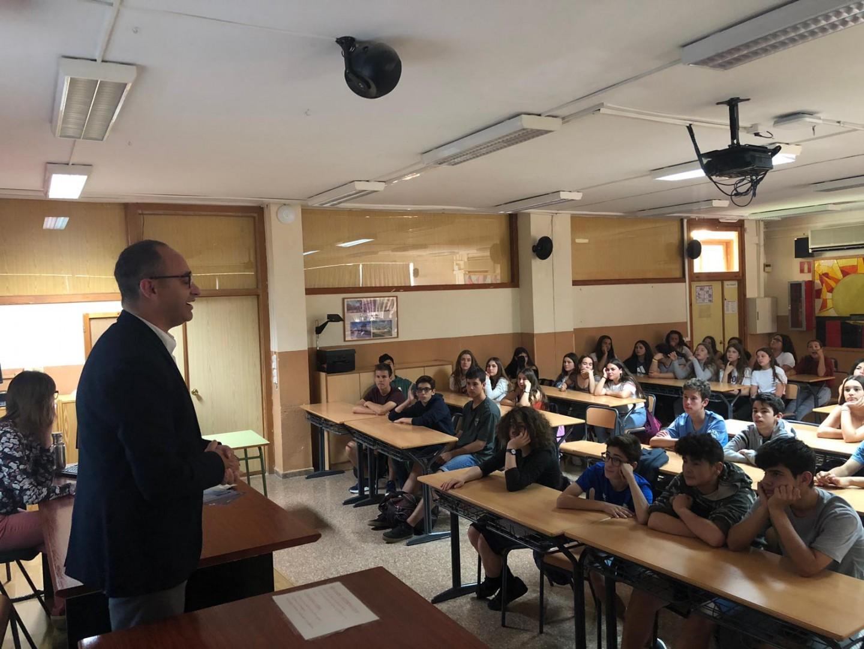 El president de Colonya visita l'IES Son Pacs de Palma