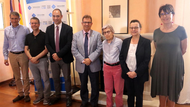 La Fundación Guillem Cifre de Colonya firma el contrato predoctoral Clara Hammerl con la UIB