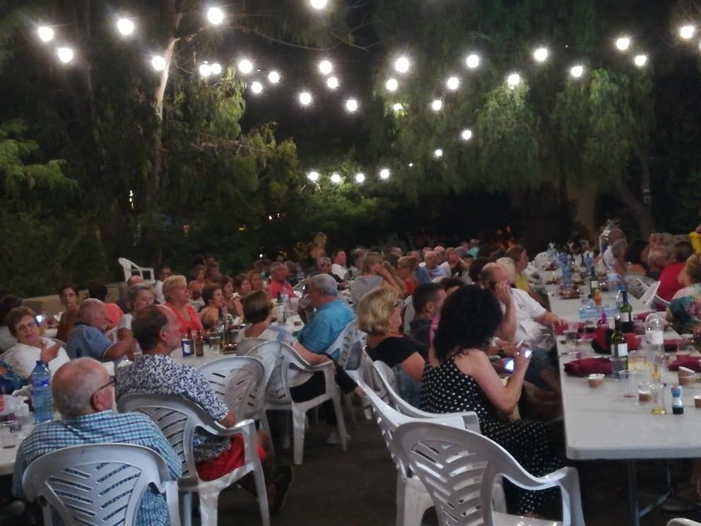 Colonya colabora en las fiestas de Cala Sant Vicenç