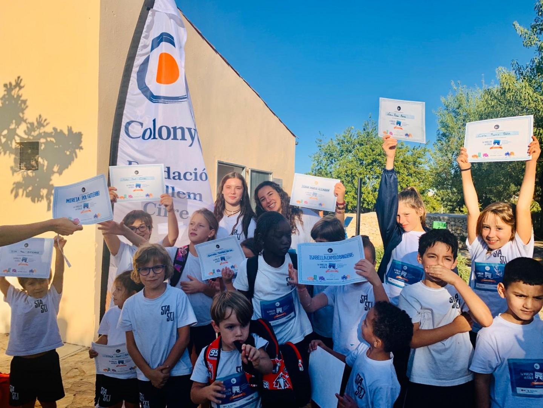 Colonya da su apoyo a la carrera escolar solidaria contra la leucemia infantil